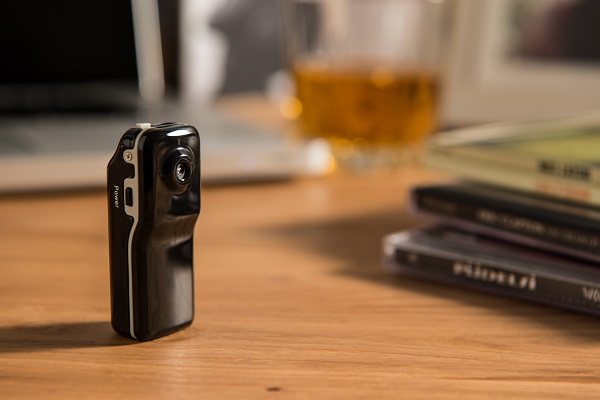 Wireless mini cameras